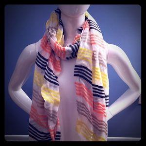 Express striped scarf